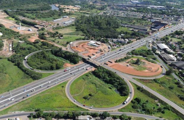 Alternativa à BR-116, Rodovia do Parque está com obras em 17 dos 22 quilômetros do trajeto previsto Fernando Gomes/