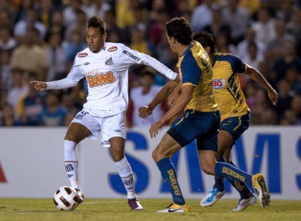 Decisões na Libertadores e na Copa do Brasil iniciam nesta quarta Alfredo Estrella/AFP