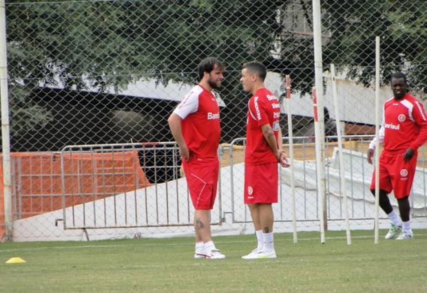 Cavenaghi treina fisicamente e tem boas chances de encarar o América-MG Diego Guichard /
