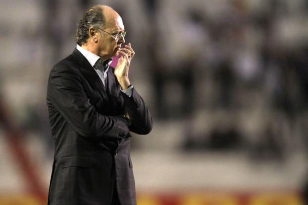 Direção do Inter enfrenta pressão pela saída de Falcão Lucas Uebel, Vipcomm/