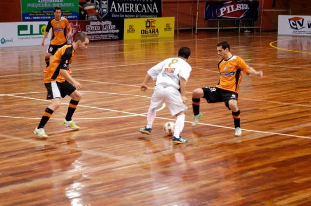 ACBF disputa semifinal da Libertadores de Futsal contra o Boca Juniors  Érico Fabres, Divulgação  /