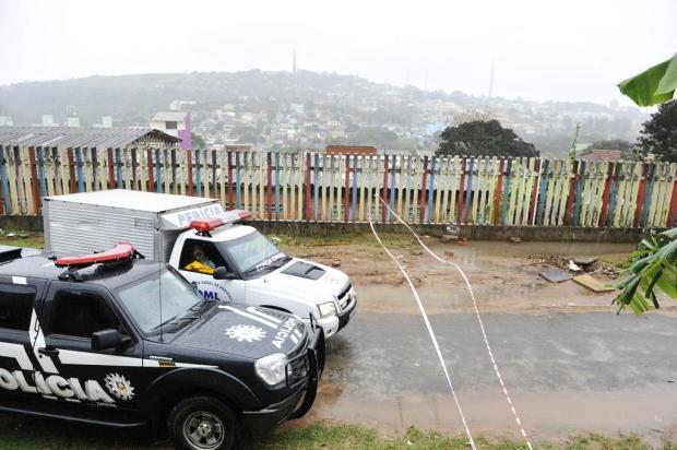 Homem é executado na Vila Cruzeiro, em Porto Alegre Andréa Graiz/Agencia RBS