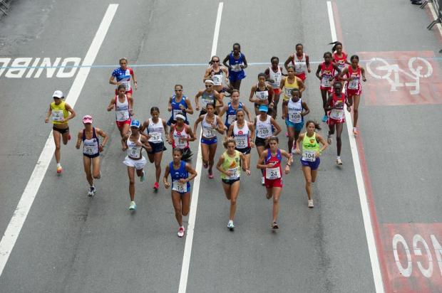 Quenianos vencem a 88ª corrida de São Silvestre Marcelo Machado de Melo,Fotoarena/Estadão Conteúdo