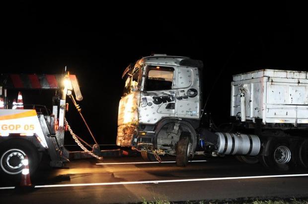 Gestante e motorista de caminhão morrem em acidente na Freeway, em Gravataí Tadeu Vilani/Agencia RBS