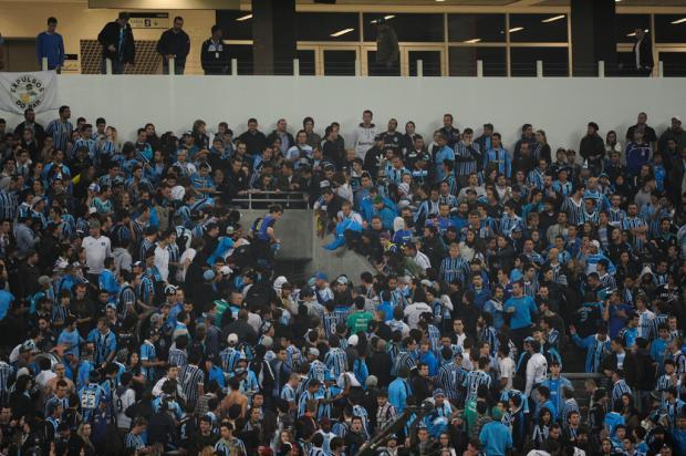 Geral do Grêmio é punida com 10 jogos sem instrumentos e faixas na Arena