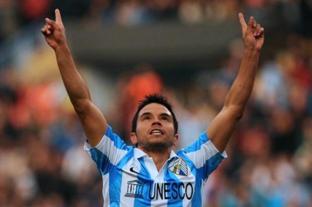 Após frustração com Adriano, Inter investirá na dupla Saviola e Julio Baptista do Málaga Getty Images/AFP