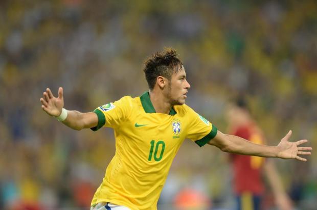 Neymar marca na final e leva troféu de melhor da Copa das Confederações  Vanderlei Almeida  94b62bbc62a01