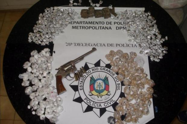 Jovem é pego com 1,2kg de droga na Vila Cruzeiro Polícia Civil/Divulgação