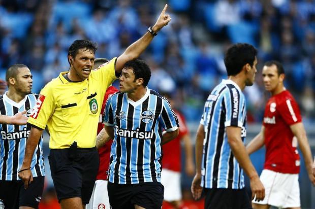 Kenny Braga: Árbitro Félix Zucco/Agencia RBS