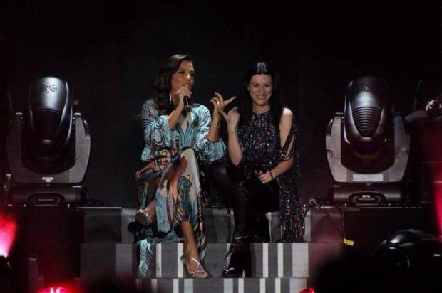 Nos Estados Unidos, Ivete Sangalo participa de DVD de Laura Pausini Manny Zoom/Divulgação