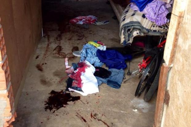 Mulher é morta com mais de 20 facadas pelo namorado no Bairro Mario Quintana Carlos Ismael Moreira/Diário Gaúcho