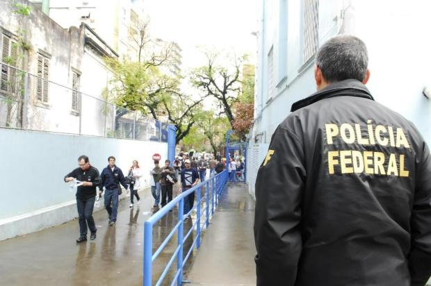 Polícia Federal abre 600 vagas com salário de R$ 7,5 mil Carlos Edler/Agencia RBS