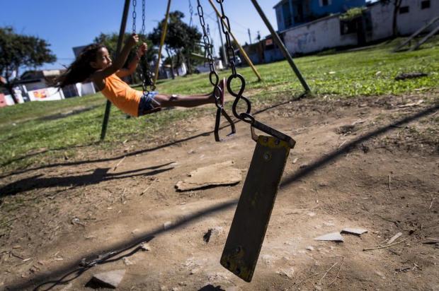 Pracinhas oferecem perigo às crianças  Mateus Bruxel/Agencia RBS