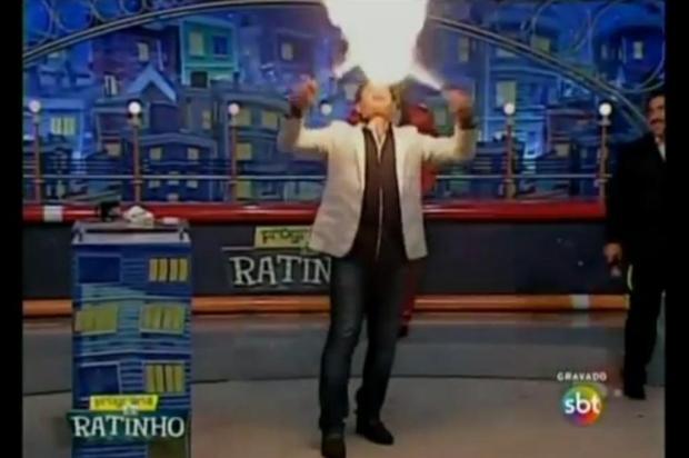 Luis Ricardo, apresentador do SBT, sofre queimaduras durante Programa do Ratinho