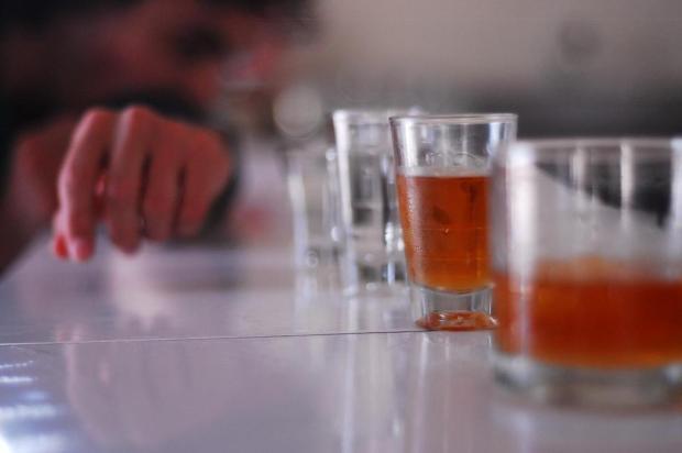 Abusar do álcool na terceira idade é mais arriscado do que na juventude Jessé Giotti/Agencia RBS