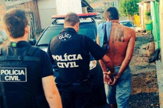 Presos traficantes que expulsaram moradores de casa em Esteio Polícia Civil/Divulgação