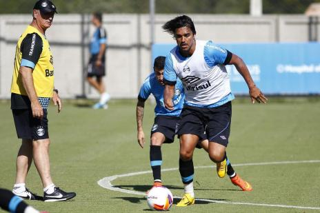 O que os amistosos do Grêmio mostraram para Felipão (Lucas Uebel/Divulgação / Grêmio)