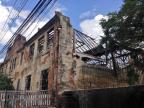 Parede de prédio desaba e deixa dois feridos em Porto Alegre Maria Eduarda Fortuna / Rádio Gaúcha/