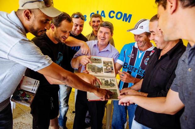 Com ajuda do Facebook, amigos se reencontram 20 anos depois de servir quartel em São Gabriel Omar Freitas/Agencia RBS