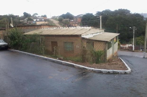 Leitor pede que prefeitura recoloque guardrail na Travessa Albatroz, em Viamão arquivo pessoal/leitor/dg