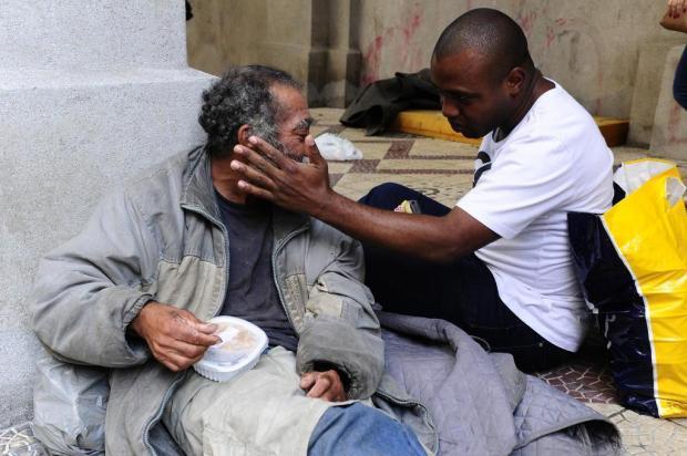 Ex-mendigo dedica a vida para ajudar necessitados de Porto Alegre Ronaldo Bernardi/Agencia RBS