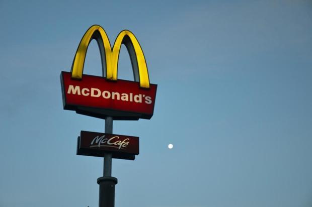 Rede de fast food é autuada por trabalho irregular de adolescentes JKCarl/Creative Commons