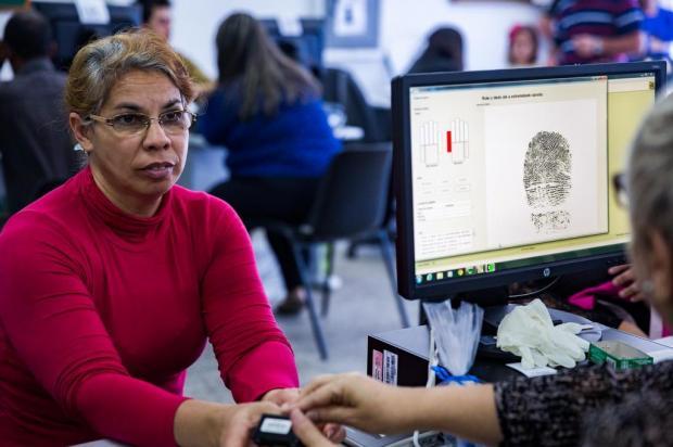 TRE convoca eleitores de Alvorada e de Viamão para recadastramento biométrico Omar Freitas/Agencia RBS