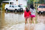 Moradores são retirados das ilhas do Guaíba