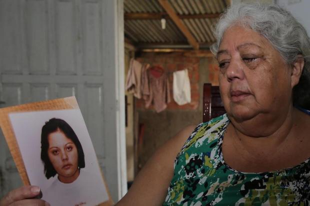 a966a153a Mãe procura pela filha há 15 anos