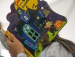 Feriado de diversão na área infantil da Feira do Livro