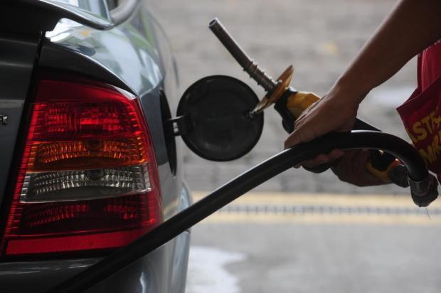Petrobras anuncia alta de 1,80% no preço da gasolina Roni Rigon/Agencia RBS