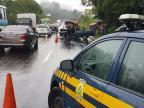 Acidente mata uma pessoa e deixa ferido na BR-116 em Estância Velha Divulgação / PRF/PRF