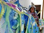 Foliã de 63 anos, Dona Chatinha conta sua história de amor com a Estado Maior da Restinga Adriana Franciosi/Agencia RBS