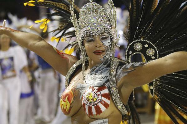 sexo no carnaval convivio cm beja