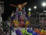 Desfile da Bambas da Orgia no Carnaval 2016