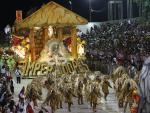 Desfile da Imperadores do Samba no Carnaval 2016