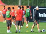 Inter treina no CT do Parque Gigante após empate em Lajeado