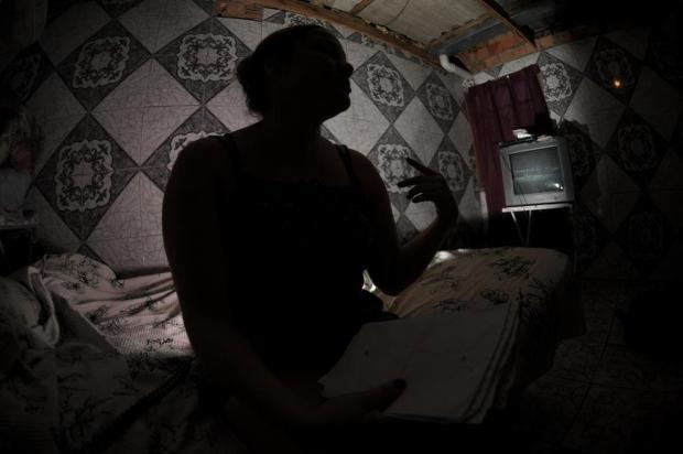 Entre fugas e agressões, mulher vive com medo em Alvorada Luiz Armando Vaz/Agencia RBS