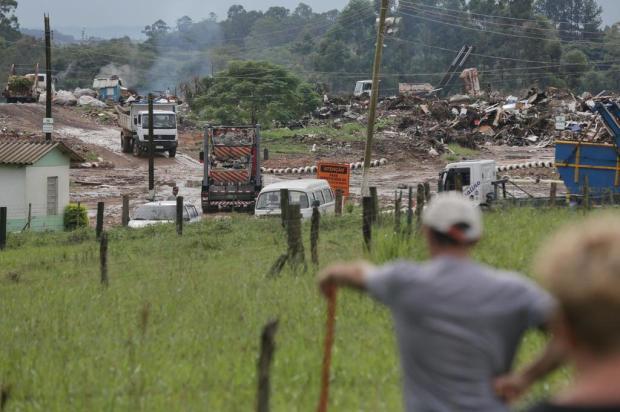 Aterro de Viamão registra incêndio há duas semanas André Ávila/Agencia RBS