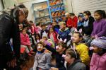 Grupo Contamores leva mundo de fantasia para escolas e hospitais
