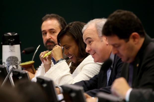 Com o voto de Tia Eron, Conselho de Ética aprova parecer favorável à cassação de Cunha Wilson Dia/Agência Brasil