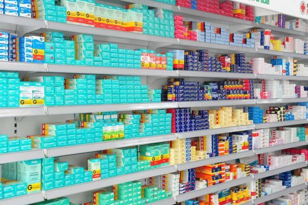Alunos de Farmácia oferecem orientações gratuitas sobre o uso de remédios Roni Rigon/Agencia RBS