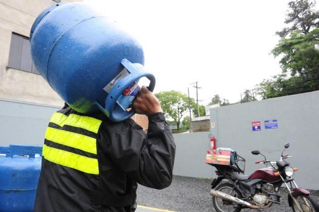 Prepare-se para mais um aumento: o preço do gás de cozinha vai subir Gilmar de Souza/Agencia RBS