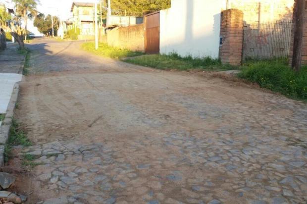 Cratera é fechada em rua de Porto Alegre após um mês de reclamações Arquivo pessoal/Leitor/DG