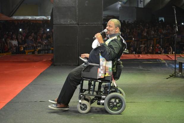 Arlindo Cruz se apresenta de cadeira de rodas em festival de samba Felipe Souto Maior / AgNews/AgNews