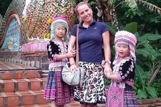 Turista perde relógio na Tailândia e descobre por foto momento do furto Reprodução / Reddit/Reddit