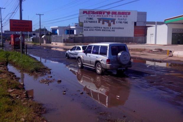 Região de Porto Alegre que está em obras causa transtornos no trânsito há quatro meses Leitor DG/Arquivo Pessoal