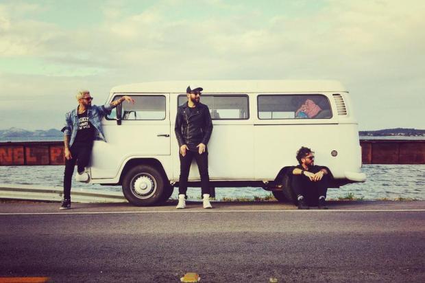Após rodar 5 mil km em uma Kombi pelo país, banda gaúcha lança EP neste domingo, em Porto Alegre Arquivo Pessoal/Arquivo Pessoal