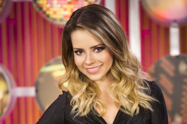 """Sandy dá dica para o casamento: """"Tem que colocar palha nesse fogo!"""" João Miguel Jr/TV Globo/Divulgação"""