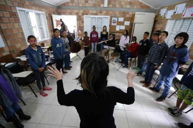 Primeiro CD do coral infantil do Instituto Popular de Arte e Educação, na Lomba do Pinheiro, será lançado neste domingo Félix Zucco/Agencia RBS